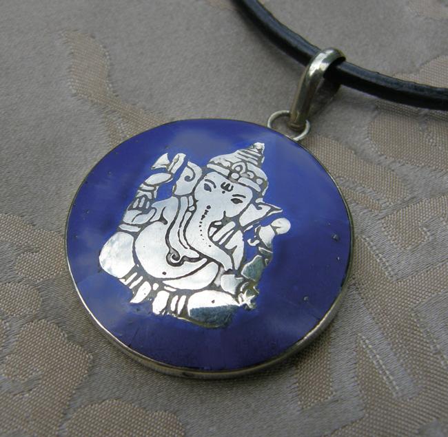 Tolles BUDDHA-GANESHA AMULETT aus NEPAL MESSING